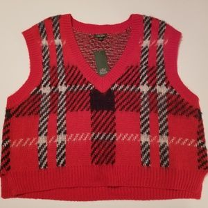 af3aa8c1259a ... Heart Locket NWT Wild Fable Red Plaid Oversized Sweater Vest
